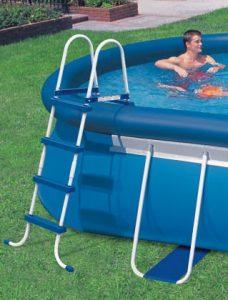 121,9cm INTEX Echelle de piscine