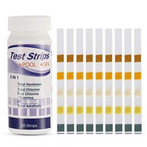 Crewell 50 Pcs Piscine Spa Eau Bandelettes de Test Ph Chlore Alcaline Acide Brome Dureté Test Outil de Papier (5 en 1)