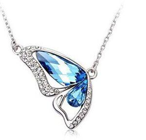 Kanggest Collier Bijoux Collier papillon bleu Bijoux Femme Collier Pendentif Forme Papillon par Cristal de Elements Cadeau de la fête des mères