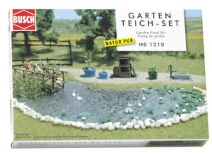 Hornby France – Busch – 1210 – Circuit – Train – Set bassin de jardin
