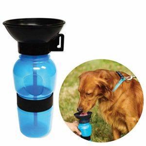 Baoii Chien Bouteille d'eau Souple Anti-déversement pour Animal Domestique Chien Gourde 500ML Voyage Abreuvoir Portable pour Animal Domestique Potable Feeder (Bleu)