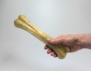 Britten & James Pet Safe Natural Peau de bœuf naturelle GRAND Knuckle Bones pour chiens. Qualité A Paquet de 5. Ne contient pas de cuir brut de Chine. Nos produits sont certifiés pour être complètement sûrs pour votre chien