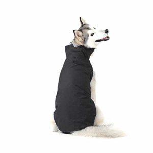 Bwiv Manteau d'hiver pour Chiens Grand Veste Vêtement Imperméable Intérieur Polaire avec Un Ouverture pour la Passage du Harnais ou la Laisse Noir 6XL