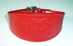 4doggies Collier pour lévrier en cuir Motif celtique rouge 25,5-35,5 cm