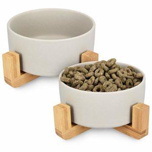 Navaris Lot 2X Bol en Céramique – Gamelle pour Chat Chiot Ø 16 cm avec Support en Bambou – Set 2X Gamelle Surélevée avec Socle – Design Danois