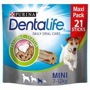 Purina Dentalife Lot de 4 Mini friandises pour Chien pour réduire la Formation de tartre et la Mauvaise haleine, Poulet et Gros Chiens (4 x 345 g)